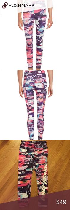 Betsy Johnson leggings Wow! So cute. Gently used. Performance leggings Betsey Johnson Pants Leggings