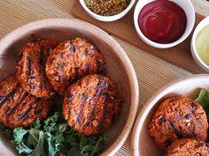 Tanie wegańskie burgery z fasolą - szybkie, proste i najlepsze wege burgery za 10 zł Tandoori Chicken, Recipies, Cooking, Ethnic Recipes, Food, Diet, Recipes, Kitchen, Essen