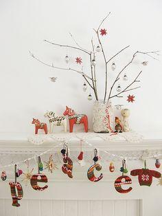 Scandinavian christmas mantle w/ dala horse & decorated branches Swedish Christmas, Noel Christmas, Scandinavian Christmas, Little Christmas, All Things Christmas, Winter Christmas, Christmas Crafts, Christmas Decorations, Christmas Ornaments