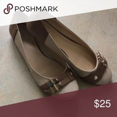 Nine West Taupe Flats Taupe flats with Gold features on the top. Nine West Shoes Flats & Loafers