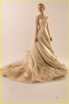 lily james cinderella wedding dress see pics 01