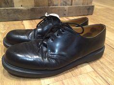 Doc martins Tap Shoes, Dance Shoes, Men Dress, Dress Shoes, Doc Martins, Vintage Shops, Derby, Oxford Shoes, Lace Up