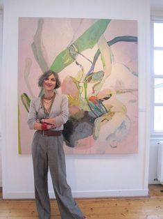 Anne-Sophie Tschiegg is an artist based in Strasbourg, France. Her paintings are colour compositions made from amorphous brush strokes and organic shapes. Painting Inspiration, Art Inspo, Studios D'art, Art Et Illustration, Art Moderne, Artist At Work, Flower Art, Modern Art, Contemporary Art