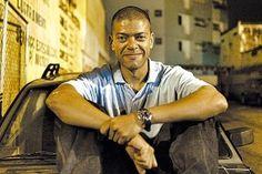 """Cinebiografia do N.W.A ganha """"consultoria"""" de rappers para sair no Brasil #Brasil, #Cinebiografia, #Daniel, #Dj, #Filme, #Gente, #Grupo, #Popozuda, #Rap, #Trailer, #True, #Tv http://popzone.tv/2015/10/cinebiografia-do-n-w-a-ganha-consultoria-de-rappers-para-sair-no-brasil/"""