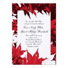 L'érable rouge laisse des invitations de mariage