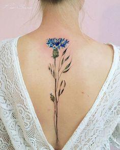 L'artiste Pis Saro est une petite célébrité sur Instagram. Elle y partage régulièrement ses créations en matière de tatouages qui vont émerveiller les amoureux de botanique ! Cette artiste n'a rien à envier aux plus grands tatoueurs. Originaire de Crimée, elle possède un talent incroyable dans sa capacité à reproduire les plantes avec un réalisme …