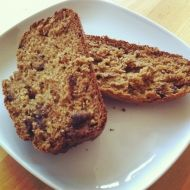 Low fat recipe for Banana Bread - go on, treat yourself! Low Fat Banana Bread, Banana Bread Recipes, Healthy Family Meals, Recipe Of The Day, Yummy Cakes, Baking Recipes, Delicious Desserts, Sweet Treats, Fruit Cakes