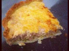 pâte brisée, courgette, tomate, thon, oeuf, crème fraîche liquide, gruyère râpé, thym, poivre, Sel