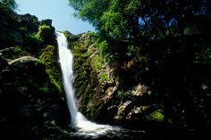 The best places for outdoor swimming in Europe Brecon Beacons, Swimming Holes, Nature Reserve, Go Camping, Day Trip, Places To See, The Good Place, Waterfall, To Go