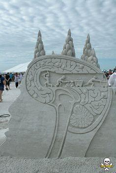 Brians brain- Hampton Beach sand sculpting contest 2013
