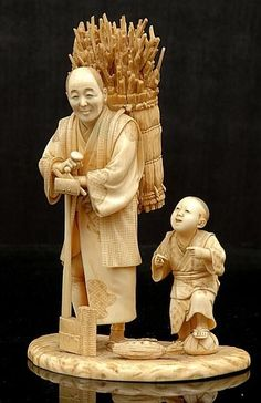 A Japanese ivory okimono of a Woodsman and His Son Meiji period… - Okimono - Oriental - Carter's Price Guide to Antiques and Collectables Oriental, Le Morse, Bone Carving, Japan Art, Ivoire, Katana, Maneki Neko, Sculpture Art, Artwork