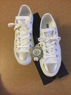 White silver converse doxa