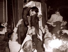 Elvis at the Memphis train station on his way to Nashville in march 21  1960.