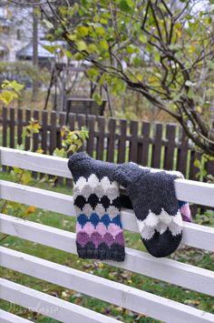 Wool Socks, Shrek, Knitting, Knits, Blog, Patterns, Breien, Woolen Socks, Tricot