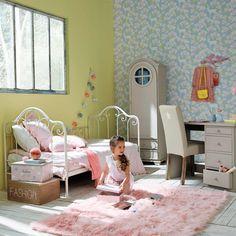нина Апартаменты железная кровать -