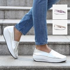 Fitness-Slipper im strukturierten Metallic-Look