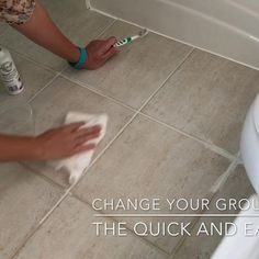 Cleaning Floor Grout, Floor Tile Grout, Clean Tile Grout, How To Clean Grout, Clean Grout Lines, Grout Paint, Diy Home Cleaning, Household Cleaning Tips, House Cleaning Tips