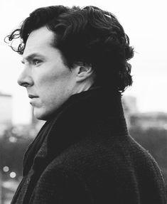 sherlock sherlock holmes Benedict Cumberbatch SherlockEdit The Empty Hearse sh gif your beauty is just Benedict Sherlock, Sherlock Bbc, Sherlock Holmes Benedict Cumberbatch, Sherlock Poster, Johnlock, Martin Freeman, Foto Portrait, Dr Watson, Wattpad