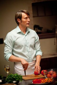 Hannibal - Season 1, NBC best renew this show or just give up broadcasting....it is BRILLIANT.