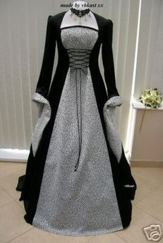 Hand made Medieval Style Gown - Black / Silver | Fantasy World fantasy-world.co.uk