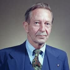 """John Cheever -    American novelist and short story writer. He is sometimes called """"the Chekhov of the suburbs"""". Novels:Deer Park & The Falconer. John Cheever, Productivity Challenge, Steven King, Management Games, Story Writer, Playwright, Short Stories, Biography, New England"""