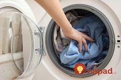 Prádlo nevonia a práčka zle žmýka? Problém môžete odstrániť jednoduchšie, ako si myslíte!