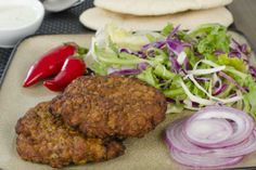 Beef Shami Kebab - Hot Indian Recipes Indian Beef Recipes, Asian Recipes, Ethnic Recipes, Easy Recipes, Luz Y Gas, Shami Kabab, Indian Snacks, Indian Foods, East Indian Food