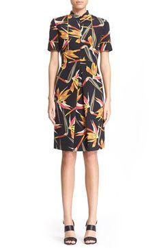 FENDI Bird Of Paradise Print Short Sleeve Silk Dress. #fendi #cloth #dress