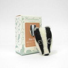 Needle Felting Brooch Kit - Badger