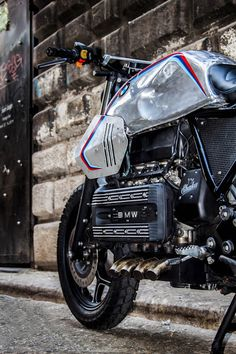 "Bmw K100 Street Tracker ""SILVER GILLS"" by Shaka Garage #motorcycles #streettracker #motos   caferacerpasion.com"