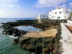 Meeresschwimmbecken, Punta Mujeres, Lanzarote Tenerife, Such Und Find, Free Mind, Island Food, Island Design, Beach Bars, Canario, Island Beach, Canary Islands