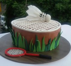 A chocolate cake with coloured ganache and fondant accents All edible shuttlecock done with wafer paper Badminton Smash, Badminton Drills, Badminton Tournament, Badminton Sport, Badminton Racket, Paper Cake, Wafer Paper, Cake Art, Shuttle Badminton