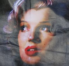 EXAMPLE OF OUR QUALITY PRINTED LEATHER SHOWN HERE ORIGINAL ARTWORK FROM PAUL KARSLAKE - CRYING MARYLYN
