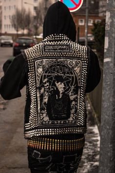 Crust Apocalyptic Tribal Punk Baby Care urgent care for babies near me Punk Rock Outfits, Mode Outfits, Hipster Outfits, Ropa Punk Rock, Estilo Punk Rock, Punk Baby, Crust Punk, Piercing Tattoo, Piercings