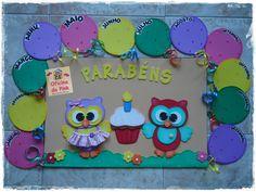 Cartaz de aniversariantes feito em e.v.a. com detalhes de fita, botão.  Tema Corujinhas e outros.  Ideal para sala de aula.    Obs. Modelinho e cores de botões, tecido e fitas podem sofrer pequenas alterações.