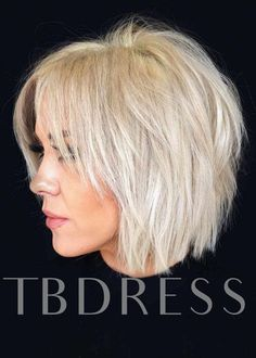 Shaggy Bob ❤️ Check out these easy hairstyles for fine hair. See how yo. - Shaggy Bob ❤️ Check out these easy hairstyles for fine hair. See how you can sport bob wit - Choppy Bob Haircuts, Short Layered Haircuts, Layered Cuts, Short Wavy, Long Layered, Short Shaggy Bob, Medium Layered, Straight Haircuts, Short Cuts
