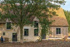 Extérieur de charme pour cette vieille maison percheronne - Plus de photos sur Côté Maison http://petitlien.fr/79u0