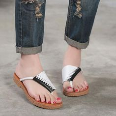 Fashion shoes for womens – All you need is … shoes… :) Leather Sandals Flat, Leather Slippers, Simple Shoes, Casual Shoes, Womens Shoes Wedges, Womens High Heels, Sexy Sandals, Womens Slippers, Cute Shoes
