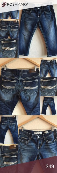 BKE Culture Capri Jeans 💗 Studded Dark Wash Sz 29 Great condition! 🎀 Capris!  BKE (The Buckle)  Original price is an estimation. BKE Jeans