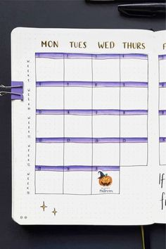 Want to add some color to your bullet journal and need some ideas? Check out these PURPLE spread examples for inspiration to make your theme perfect! Bullet Journal October Theme, Monthly Bullet Journal Layout, Bullet Journal Books, Bullet Journal 2019, Bullet Journal Themes, Bullet Journal Spread, Bullet Journal Inspiration, Book Journal, Journals