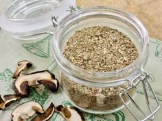 Houbové koření Korn, How To Dry Basil, Pesto, Oatmeal, Breakfast, The Oatmeal, Morning Coffee, Rolled Oats, Overnight Oatmeal
