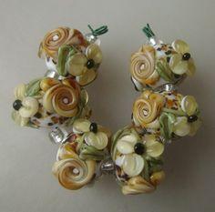 BLISS Safari Roses and Blossom Floral Lampwork Bead Set
