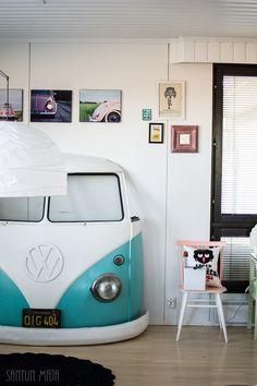 KEVÄTTÄ RINNASSA JA OLOHUONEESSA / Santun Maja -blog, #vw #volkswagen #kleinbus #decoration #livingroom #decorationideas #volkswagenbus