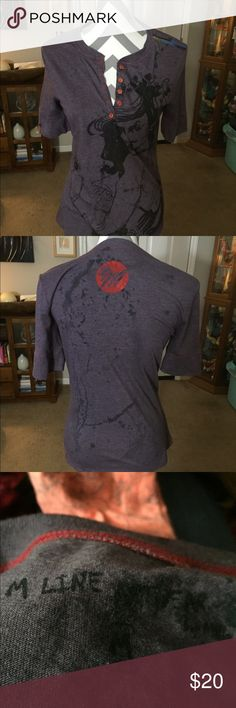M Line top. M Line top.  Gray/Black.   Size Large M Line Tops Tees - Short Sleeve