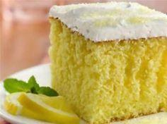 Θαυμάσιο κέικ λεμονιού με ανθότυρο! Ένα εύκολο, γευστικό και με λίγες θερμίδες κέικ λεμονιού ΥΛΙΚΑ • 250 γρ. ανθότυρο • 100...