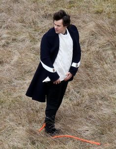 Harry filming the music video for Sign Of The Times. Best Harry Pins at rickysturn/harry-styles