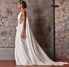 Wedding gown // Pinned by Dauphine Magazine x Castlefield - Curated by Castlefield Bridal & Branding Atelier and delivering the ultimate experience for the haute couture connoisseur! Visit www.dauphinemagazine.com, @dauphinemagazine on Instagram, and @dauphinemag on Pinterest • Visit Castlefield: www.castlefield.co and @ castlefieldco on Instagram / Luxury, fashion, weddings, bridal style, décor, travel, art, design, jewelry, photography, beauty, interiors, architecture, stationery