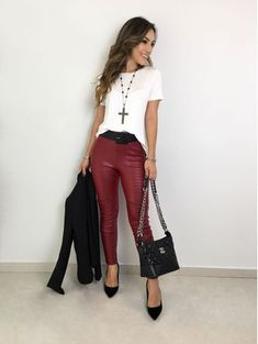 Look Fashion, Girl Fashion, Fashion Outfits, Womens Fashion, Burgundy Jeans, Work Looks, Fashion Addict, Casual Looks, Spring Outfits