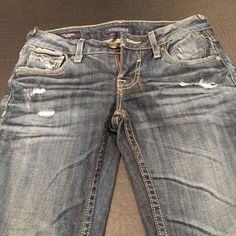 "Vigoss Jeans The Jagger Skinny Great condition skinny jeans. Waist is 24"" length is 31"" Vigoss Jeans"