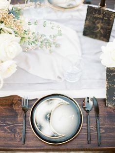 Destination wedding photographers in Italy Kir & ira photography 100 Layer Cake, Puglia Italy, Italy Wedding, Italian Style, Stars And Moon, Destination Wedding Photographer, Wedding Inspiration, Table Decorations, Tuscany